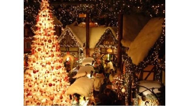 Idee Regalo Natale Viaggi.Praga Viaggi Mercatini Di Natale Sul Lago Di Costanza Mercatini Di