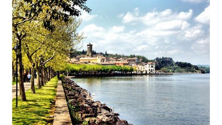 Praga viaggi festa delle ortensie a bolsena italia viaggi for Lago store genova