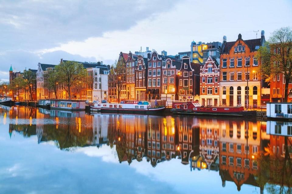Praga Viaggi In volo ad Amsterdam e Rotterdam amsterdam, rotterdam ...