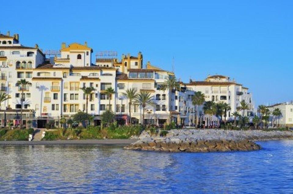 Marbella Spain  city photos gallery : Praga Viaggi Pasqua a Marbella viaggio pasqua spagna costa del sol ...