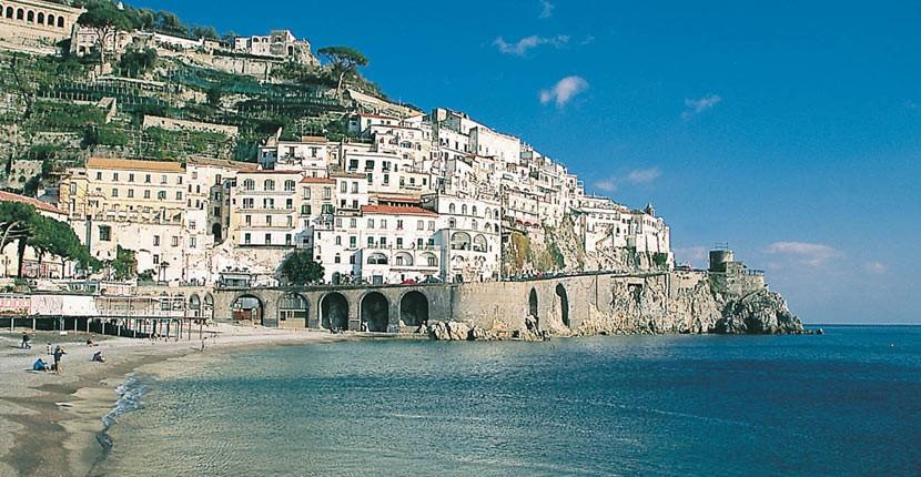 Praga Viaggi Soggiorno termale a Ischia sorgenti termali Napoli bellezze natu...